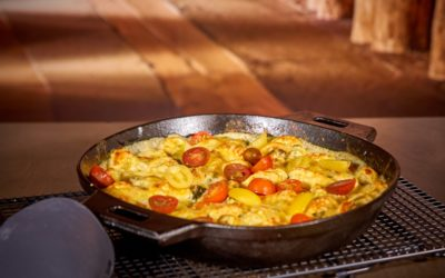 Tortellini in Frischkäsesoße mit Spinat und Tomaten